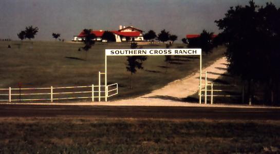southerncrossranch.jpg